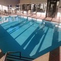 Swimming pool at Lebanon Comfort Suites
