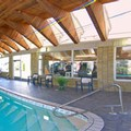 Swimming pool at Parkside Inn Bridgeview