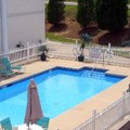 Swimming pool at Plantation Inn & Suites