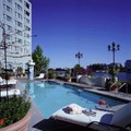 Swimming pool at Pullman San Francisco Bay