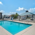 Swimming pool at Quality Suites Baton Rouge