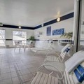 Pool image of Quality Suites Sunland