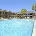 Swimming pool at Ramada Cordele