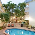 Swimming pool at Residence Inn Miami Coconut Grove