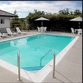 Swimming pool at Rocklin Park Hotel