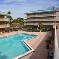 Swimming pool at Satisfaction Orlando Resort