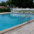 Photo of Southern Oaks Inn Pool