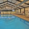 Swimming pool at Springhill Suites by Marriott Chicago / Burr Ridge