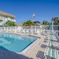 Swimming pool at Tuckaway Shores Resort
