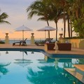 Swimming pool at Vero Beach Hotel & Spa a Kimpton Hotel