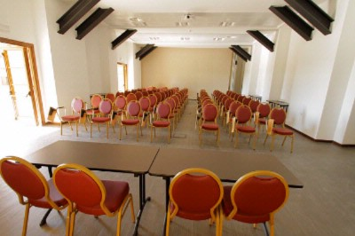 Baratti Meeting Space Thumbnail 3
