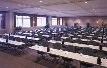 Pinnacle Ballroom Meeting Space Thumbnail 2