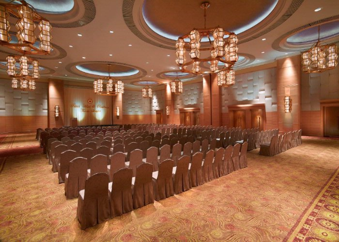 Grand Prince Ballroom Meeting Space Thumbnail 1