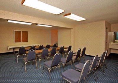 Photo of Quality Inn & Suites Phoenix - Meeting Room