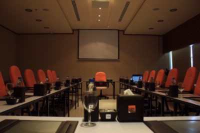 Al Khan Meeting Room Meeting Space Thumbnail 3