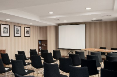Hampton meeting room Meeting Space Thumbnail 2