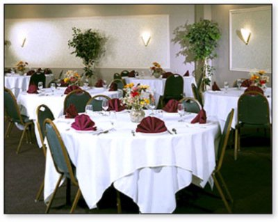Rogue Valley Banquet Room Meeting Space Thumbnail 2
