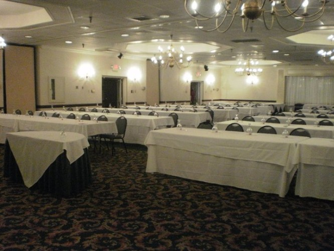 Francis Ballroom Meeting Space Thumbnail 2