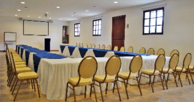 Salon Imbabura Meeting Space Thumbnail 2