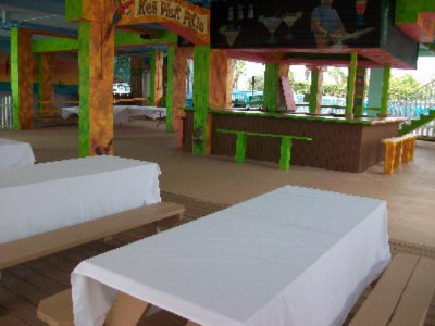 Key West - Outdoor Covered Meeting Space Thumbnail 1