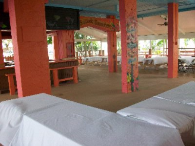 Key West - Outdoor Covered Meeting Space Thumbnail 2