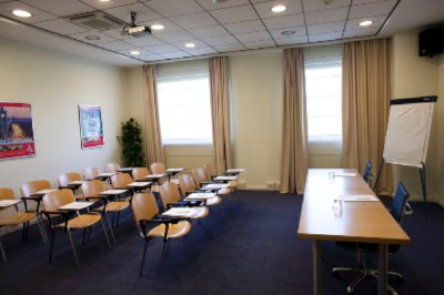 Photo of BLUE MEETING ROOM