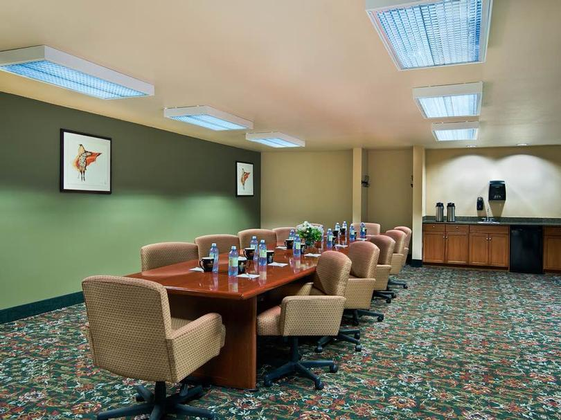 Fritz Command Boardroom Meeting Space Thumbnail 2