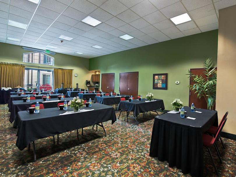 Linda Scotland Conference Center Meeting Space Thumbnail 3