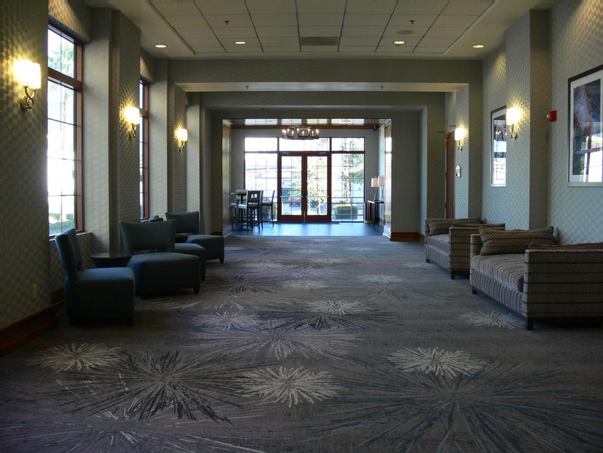 Hampton Inn Foyer Meeting Space Thumbnail 2
