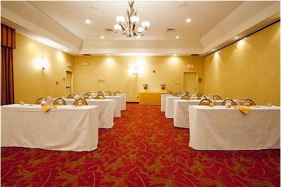 Azalea Banquet Romm Meeting Space Thumbnail 3