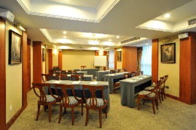 Multi-function room Meeting Space Thumbnail 2