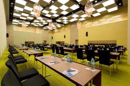 Al Bustan 1 / 2 / 3 Meeting Space Thumbnail 1