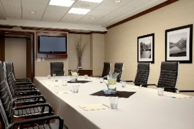 Photo of Redwood Boardroom