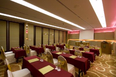 The Eastin Grand Ballroom Meeting Space Thumbnail 2