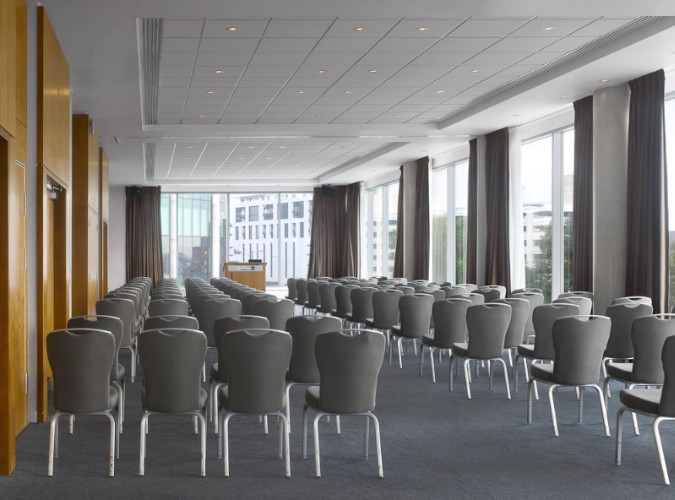Kings Suite Meeting Space Thumbnail 2