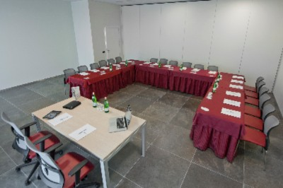 MONZA MEETING ROOM Meeting Space Thumbnail 1