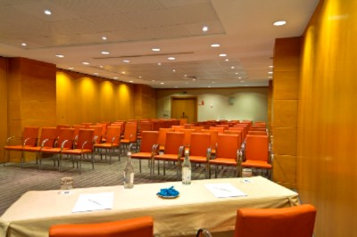 Madrid B Meeting Space Thumbnail 3