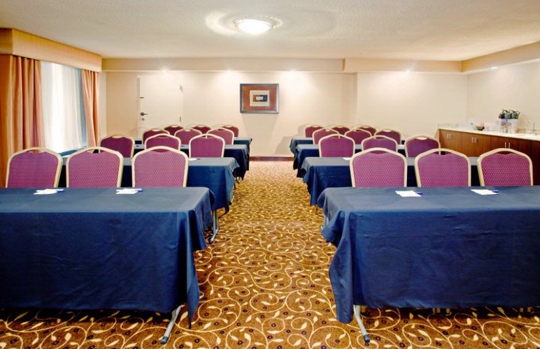 Graylyn Room Meeting Space Thumbnail 1