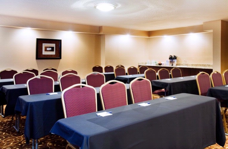 Graylyn Room Meeting Space Thumbnail 3