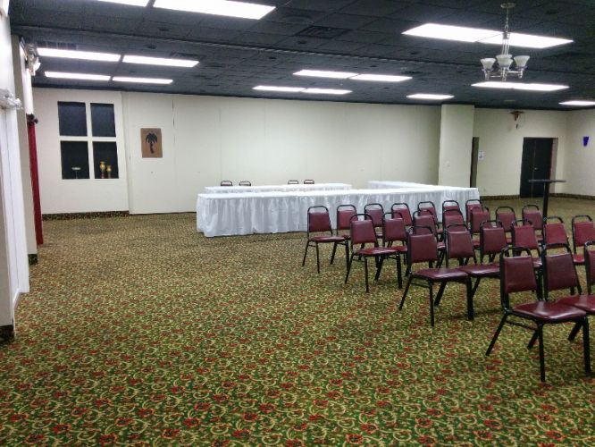 Econo Lodge Ballroom Meeting Space Thumbnail 1