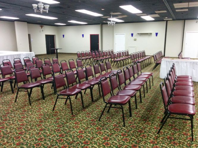 Econo Lodge Ballroom Meeting Space Thumbnail 3