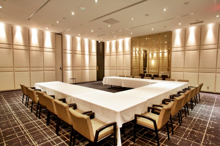 The Yorkville Room Meeting Space Thumbnail 1