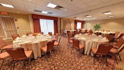 Hilton Garden Inn Chicago Oak Brook Oakbrook Terrace Il 1000 Drury Lane 60181