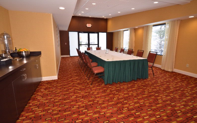 Photo of Champlain Meeting Room