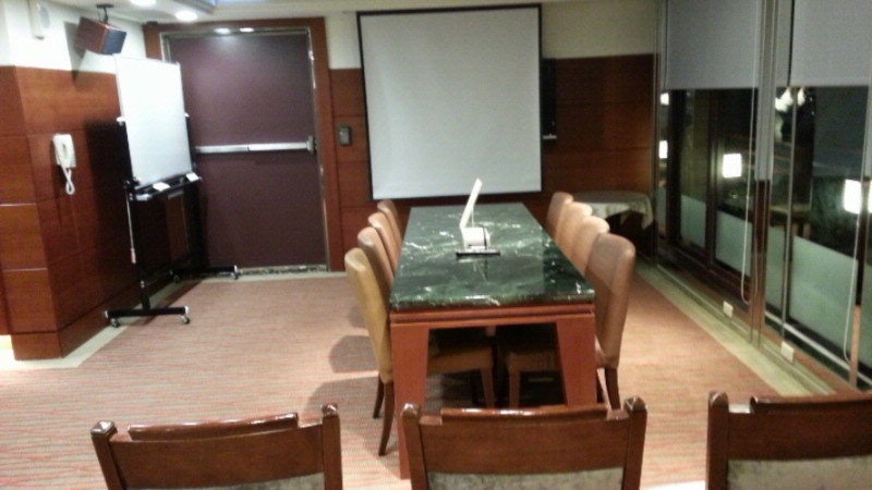 Meeting Room Meeting Space Thumbnail 2