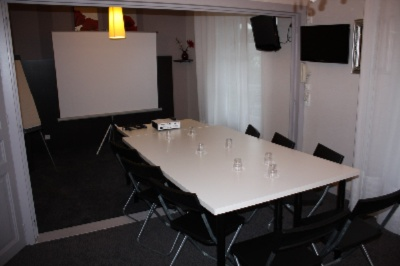 Suite n°3 Meeting Space Thumbnail 2