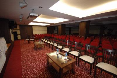 Qeen Charlotte Meeting Room Meeting Space Thumbnail 2