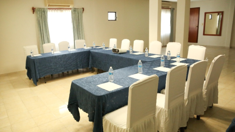 SALA DE CONFERENCIAS B Meeting Space Thumbnail 2