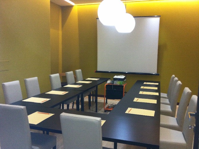 VIVIANI MEETING ROOM Meeting Space Thumbnail 1