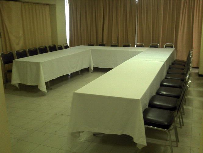 Salon Comarca Meeting Space Thumbnail 2